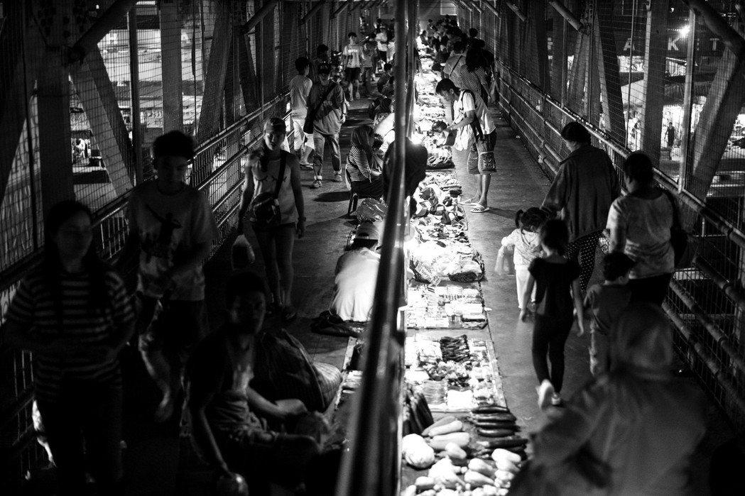 「為什麼大多數菲律賓人活在貧窮線下的現實,始終沒有改善?」 圖/法新社