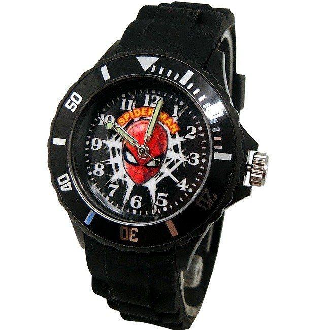 原價299元的漫威正版_酷黑蜘蛛人運動彩帶錶,即日起只要254元。圖由廠商提供。