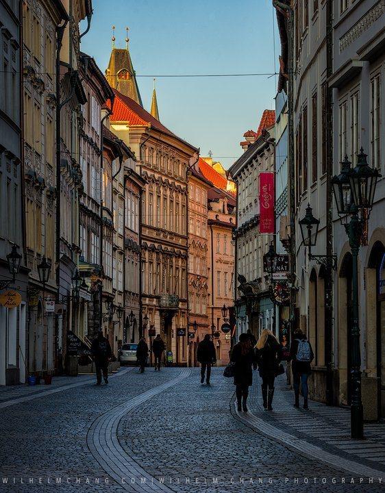清晨的布拉格街道。 圖/背包客棧