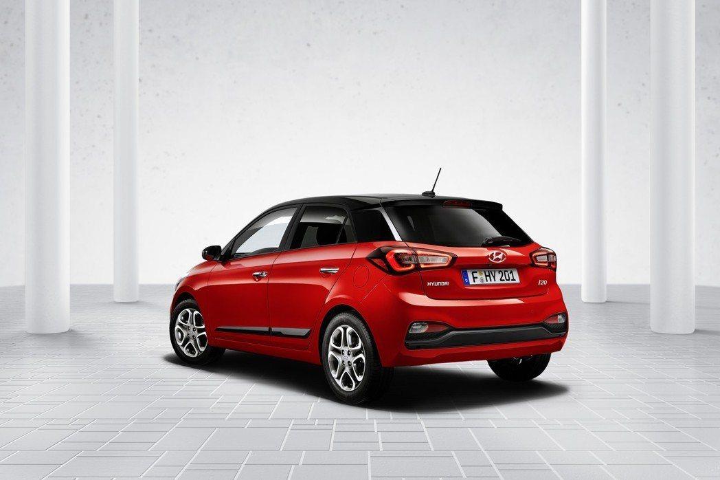 小改款Hyundai i20的車尾變化最多。 摘自Hyundai