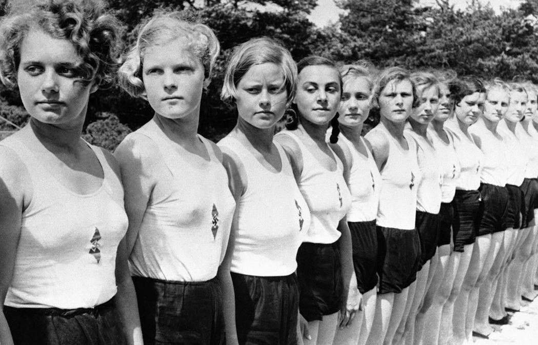 「說白一點好了,只有在納粹德國以及社民黨治下的瑞典,才會基於國民的髮色或身心障礙...