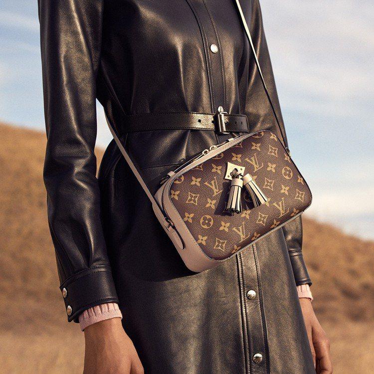 Saintonge肩背包,售價52,000元。圖/LV提供