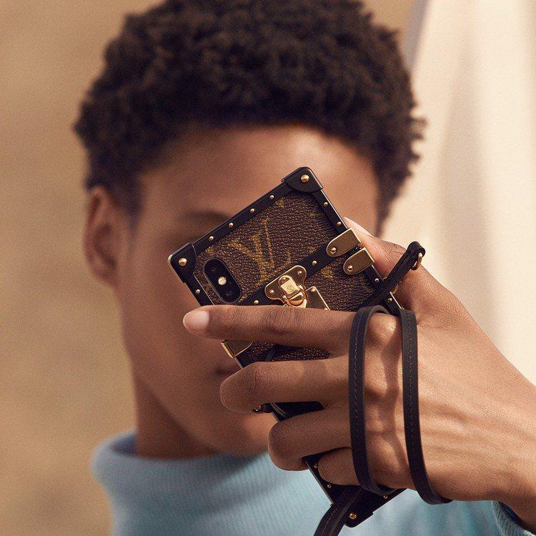 Eye-Trunk iPHONE X保護套,售價41,900元。圖/LV提供