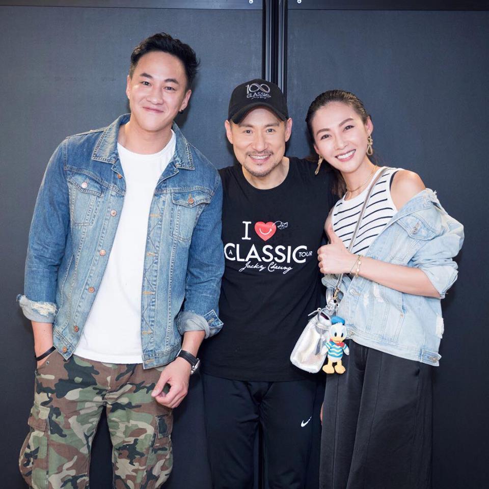 何潤東和老婆peggy一起看歌神張學友(中)演唱會。圖/摘自臉書
