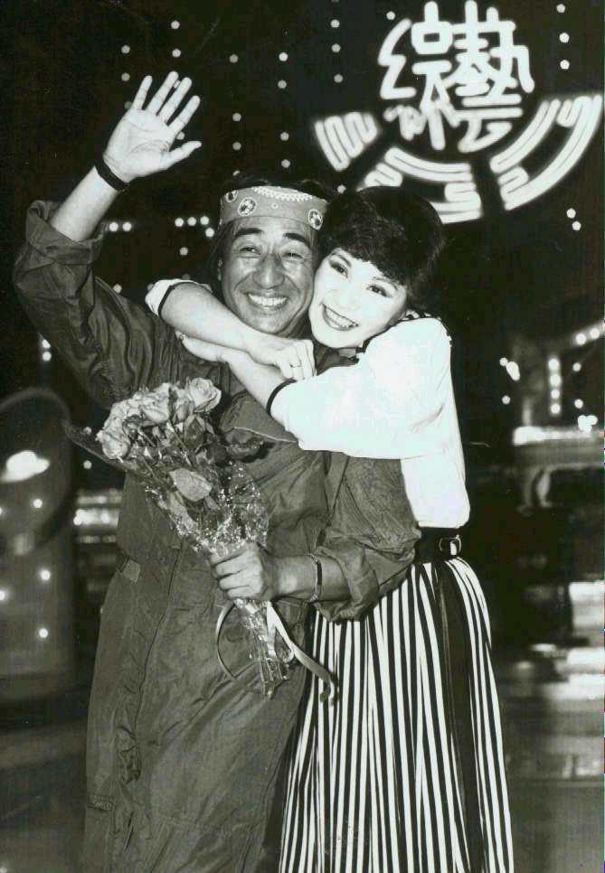 1982年,孫越參加華視的綜藝100錄影接受張小燕的訪問。圖/聯合報系資料照