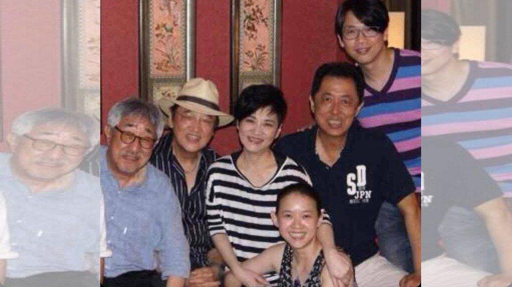 陶喆日前也曾貼出與陶喆等人合照的照片。圖/擷自陶喆臉書