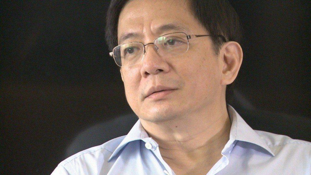管中閔作為台灣大的獨董,參與該公司的薪酬委員會和審計委員會本來就是執行獨董的法定...