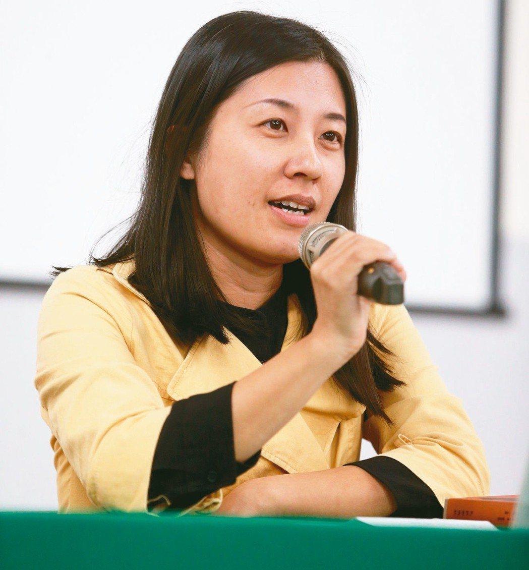 作家李欣倫。