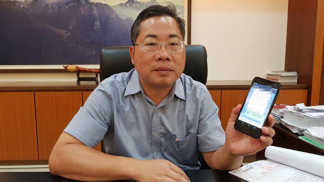 苗栗縣政府秘書長陳斌山說,晚上10點後還是常有工作透過LINE或電話連繫,根本不...