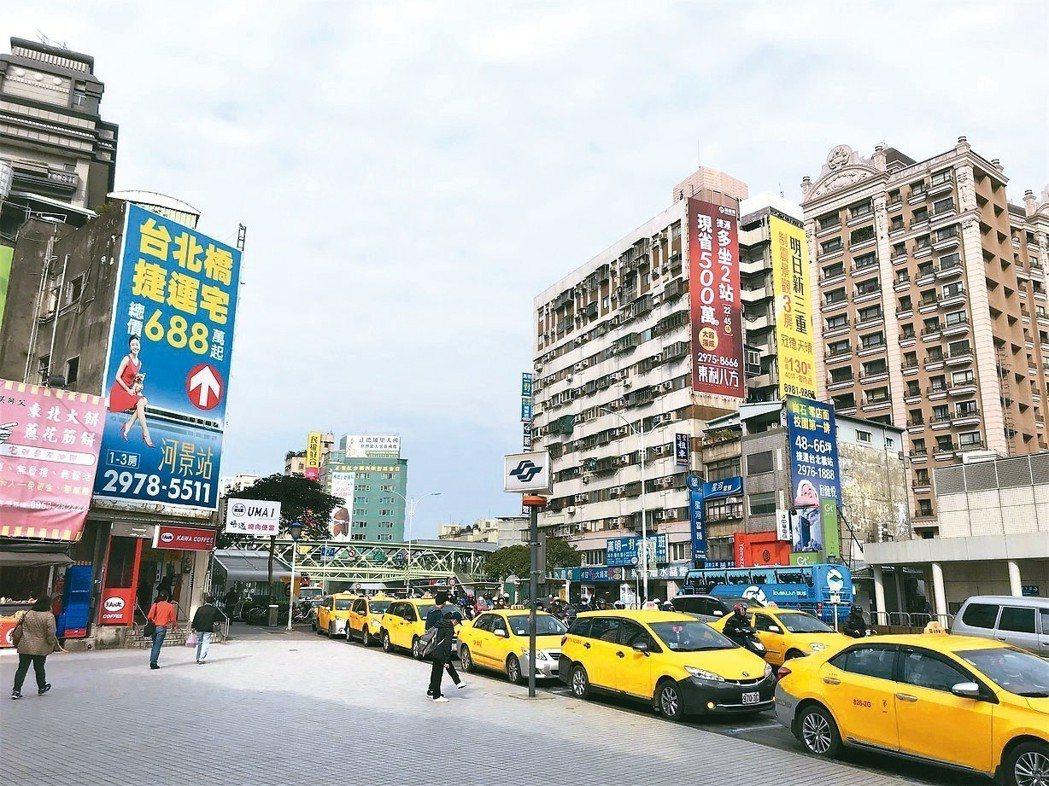 最新預售市調指出,4月建商推案爆量,但買氣不佳。 記者游智文/攝影