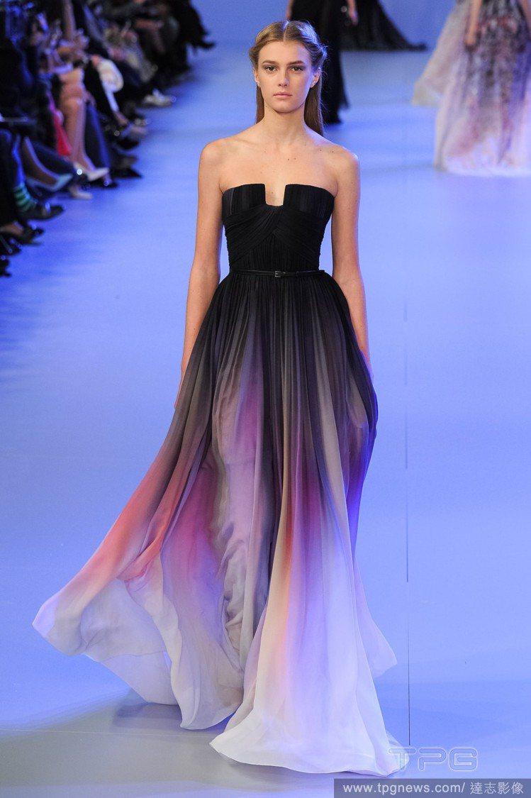 正版法國品牌Elie Saab禮服。圖/達志影像