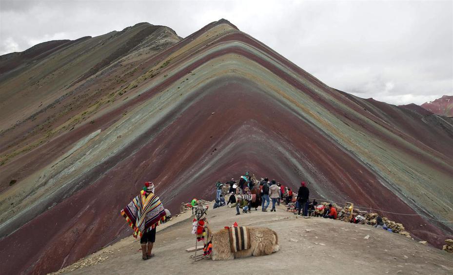 秘魯安地斯山內的彩虹山成為遊客新寵,近5年來每天為偏遠地區帶來約1000位遊客。美聯社