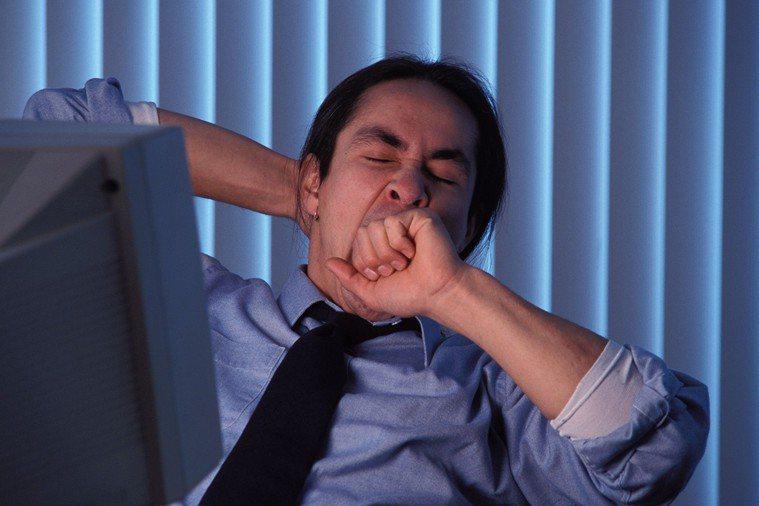明明睡眠足夠卻哈欠連連,莫名疲勞,而且情況持續數周未改善,可能是腎虛所引起。 情...