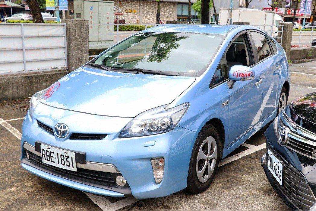 想體驗百萬等級的插電式油電車Prius PHV,來和運租車就對了。 記者陳威任/攝影