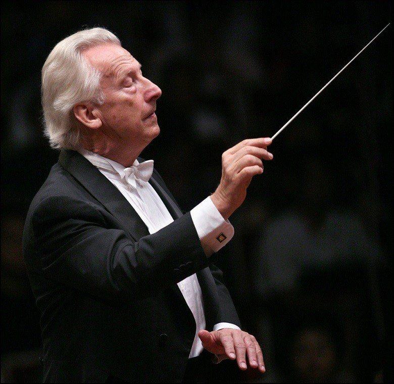 指揮家赫比希 (國家交響樂團/提供)