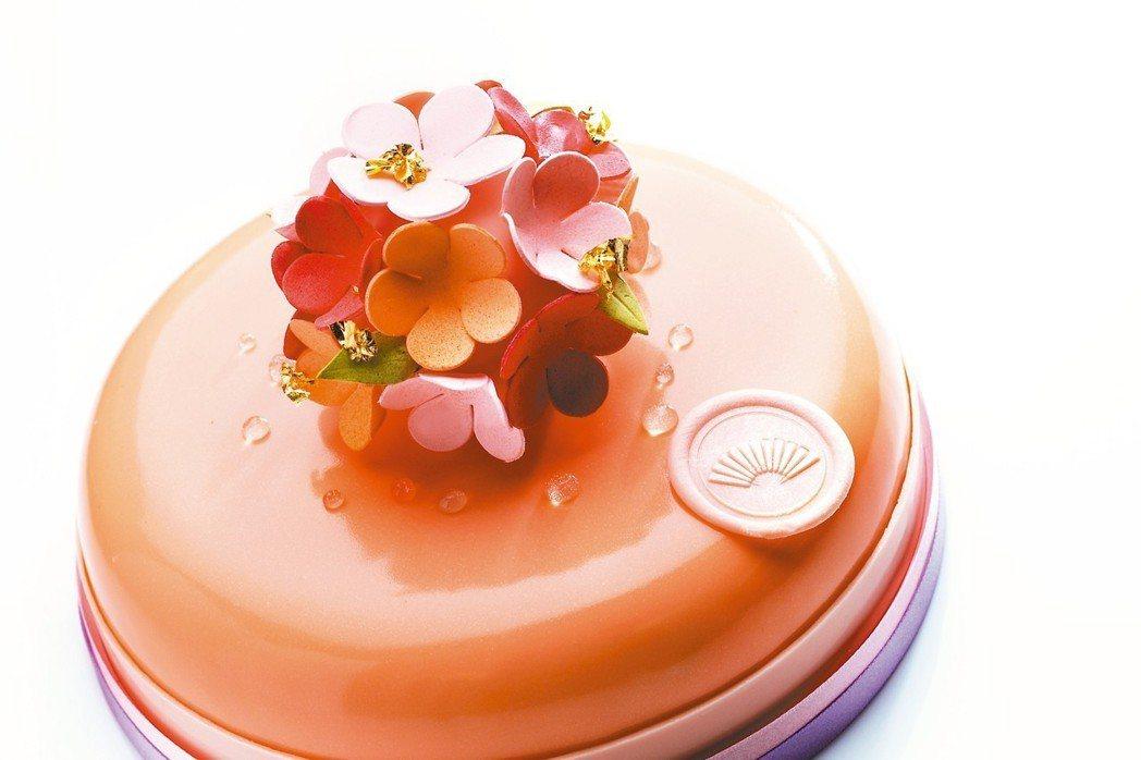 台北文華東方酒店「馨香花園」,7吋1,950元。 圖/遠百提供