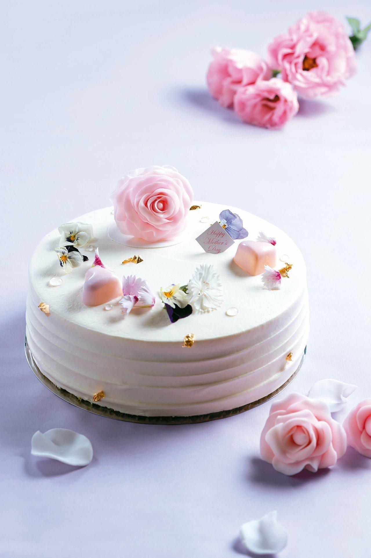 母親節蛋糕「玫瑰馨意」。 圖/台北美福大飯店提供
