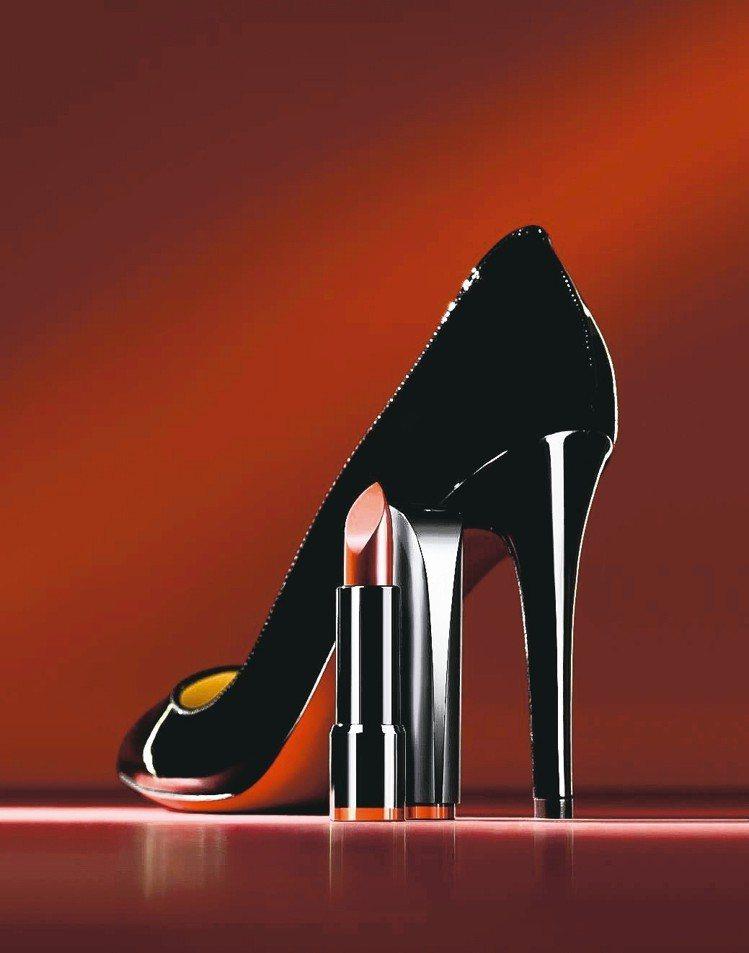 CLIO珂莉奧高跟鞋緞面潤澤唇膏,售價520元,共5色。 圖/業者提供