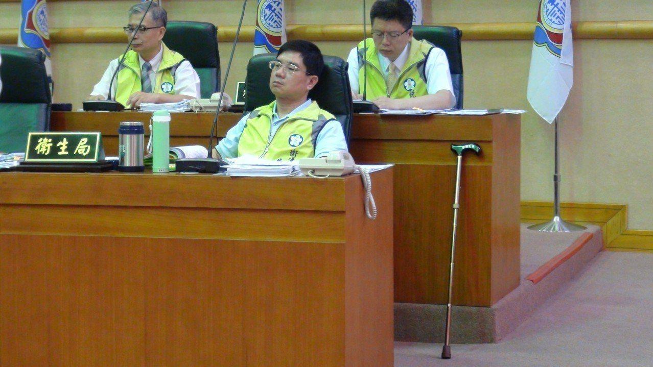嘉義市衛生局前局長黃維民感謝檢察官還清白。 圖/聯合報系資料照片