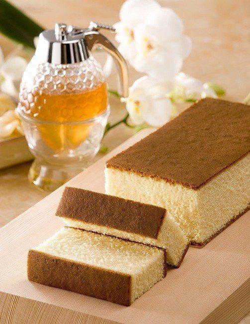 udn買東西與勵馨基金會一起募集揪愛心,圖為此次募集的龍眼花蜜蜂蜜蛋糕,您所認購...