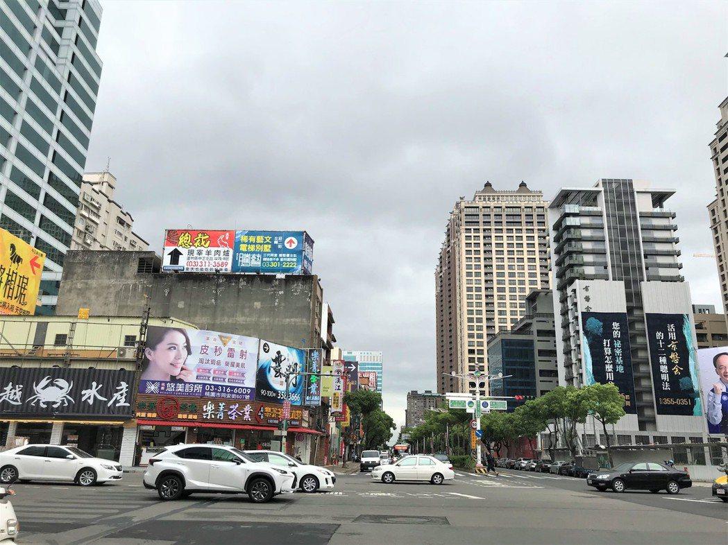 桃園街景 記者游智文/攝影