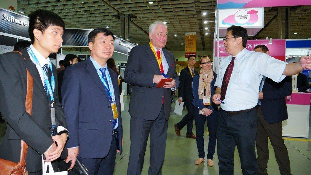 本屆展會國內外買主觀展踴躍,共有來自65國19,907名買主前來參觀。