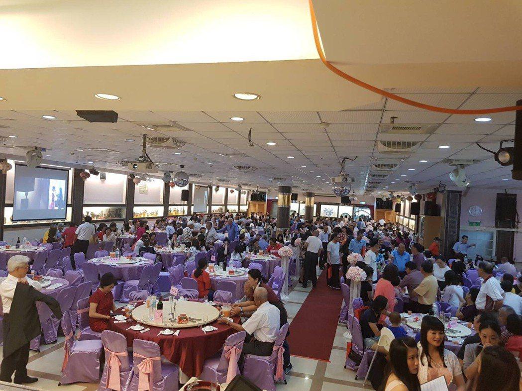 文汶、吳皓昇在南投舉辦歸寧宴,席開100桌。圖/民視提供