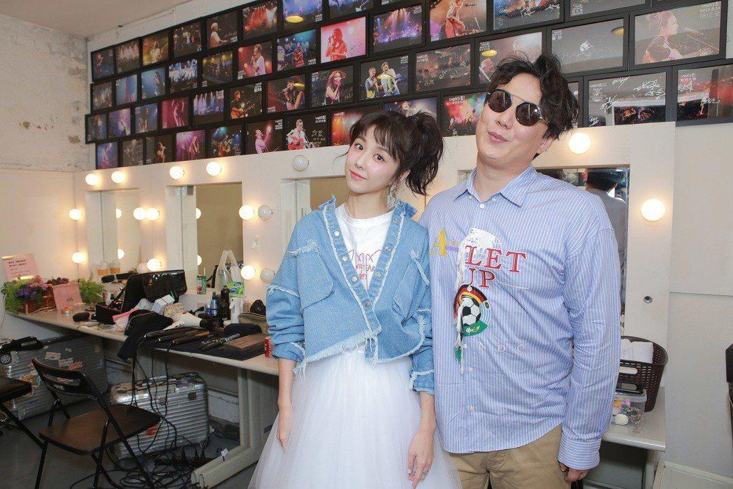 蕭煌奇5日在Legacy開唱,邵雨薇擔任嘉賓。圖/好莉嗨提供