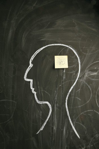 許多人都有過忙到變笨、變傻的經驗,想要腦袋中有個便利貼提醒。 報系資料照