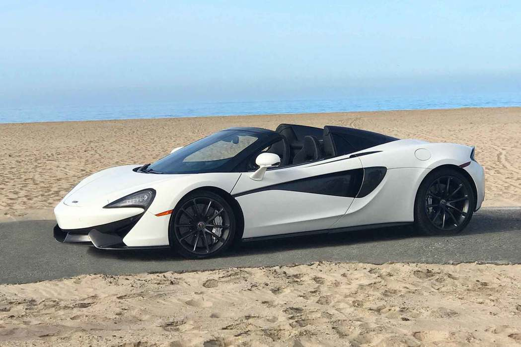 Silica White 570S Spider。 摘自McLaren