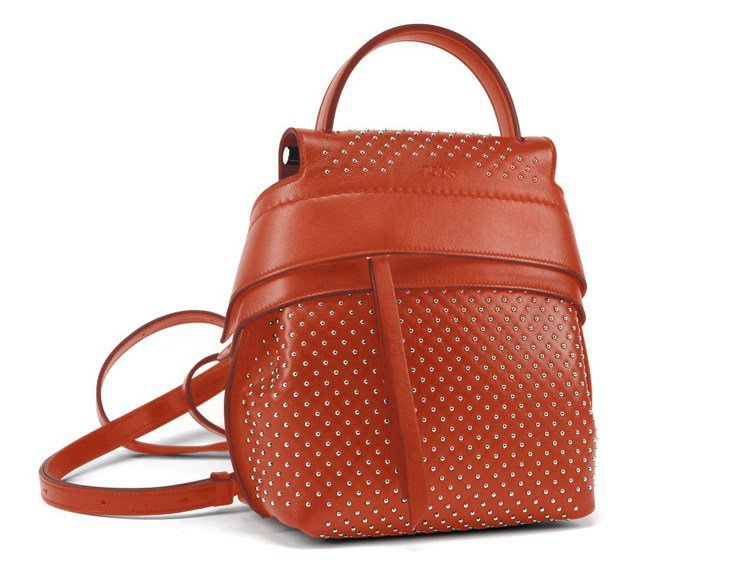 TOD'S Wave Bag後背包,74,600元。圖/迪生提供