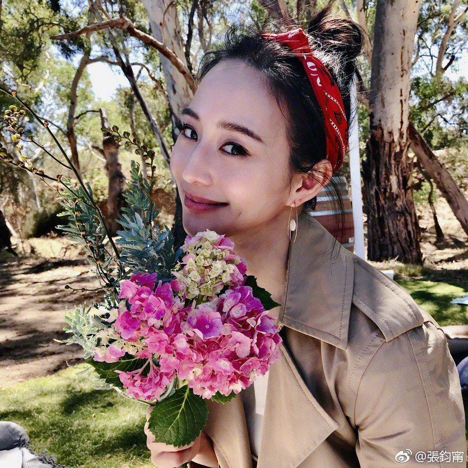 張鈞甯演出「溫暖的弦」。圖/摘自微博