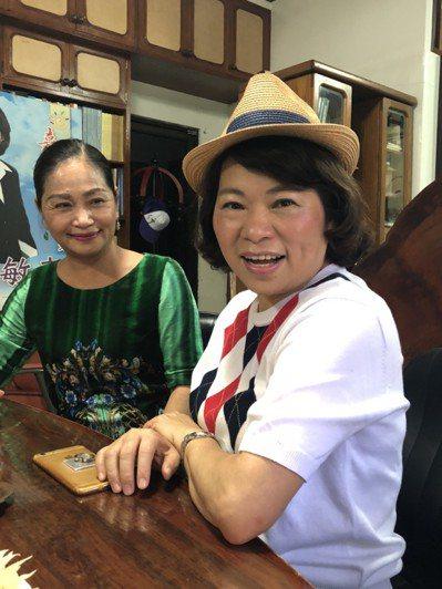 黃敏惠表示她任內償債金額近30億,嘉義市民人均負債名列本島最低,已是很多年的歷史...