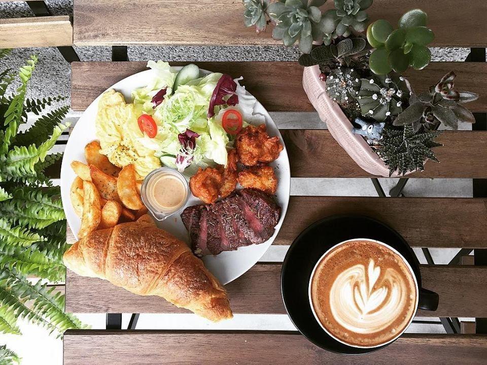 肉肉咖啡 ROU ROU Kaffee FB