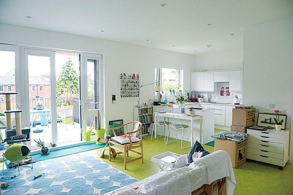 OWCH並不是所謂的公社型共居,每位住戶都擁有獨立門戶及充裕的私人生活空間。