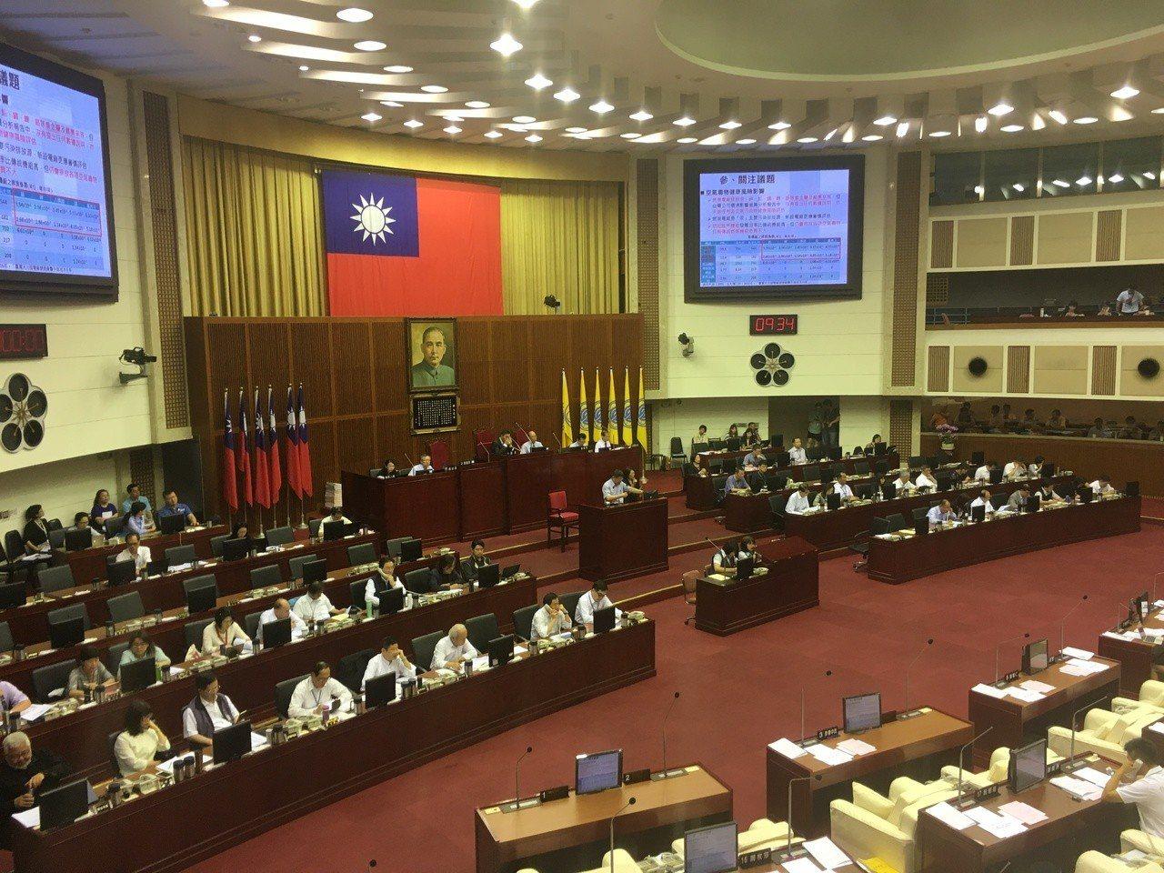台北市長柯文哲今赴議會進行專案報告。記者張世杰/攝影