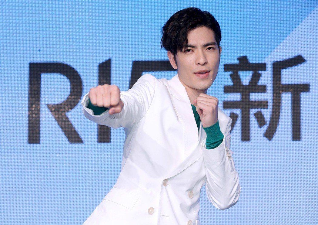 蕭敬騰擔任手機品牌代言人。記者余承翰/攝影