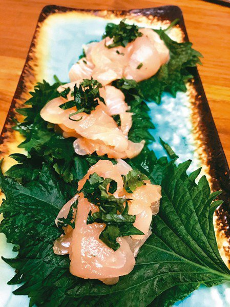 紫蘇葉常用於日本料理搭配生魚片。 記者陳易辰/攝影