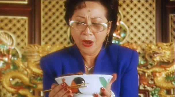 電影「食神」裡,黯然消魂飯加的洋蔥讓評審流淚。