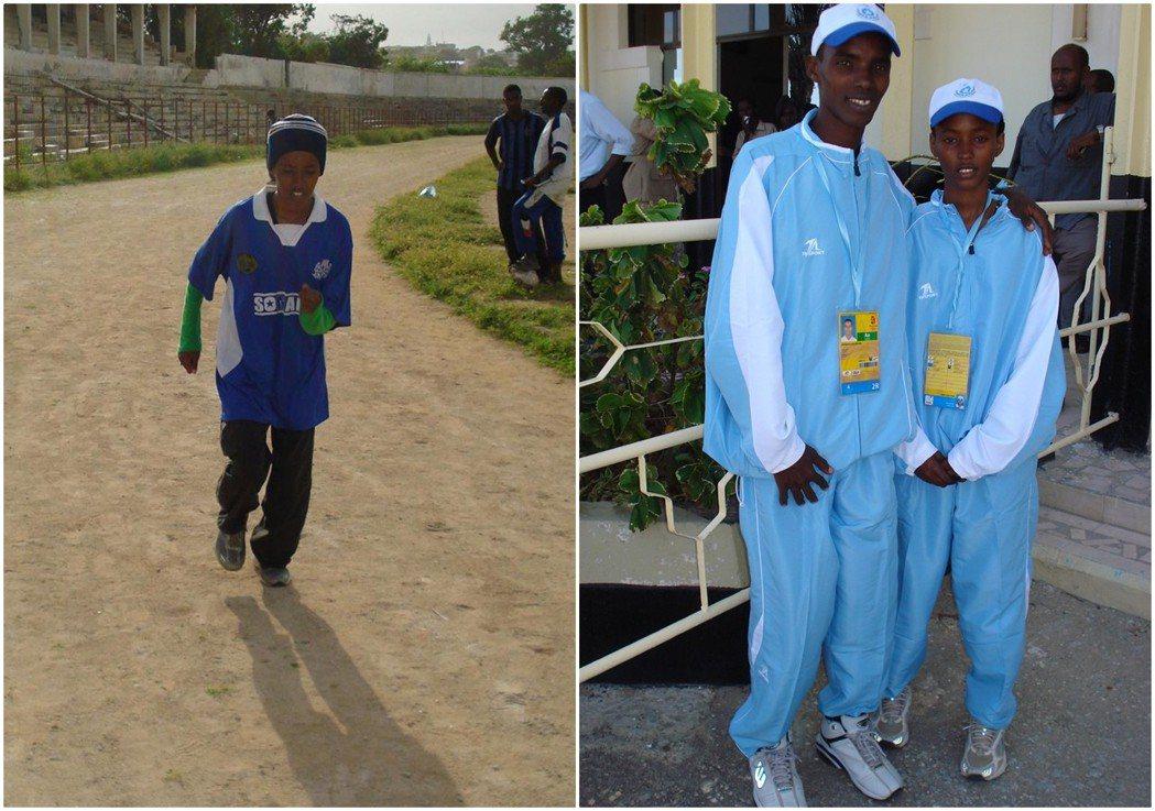 薩米亞不怕,所以她直挺挺地走上了田徑場。並成為了索馬利亞奧運代表隊的國手。圖右為...