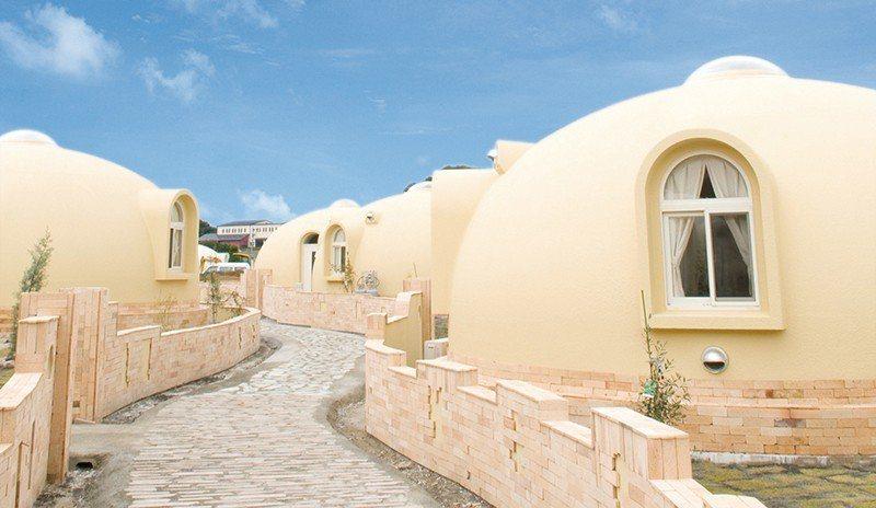 溫暖的和歌山氣候與夢幻的圓屋造型,彷彿進入童話世界。
