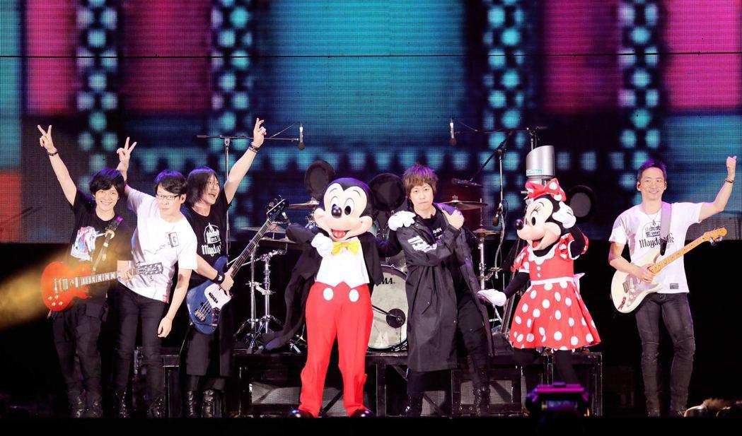 五月天5月在香港開唱。圖/相信音樂提供