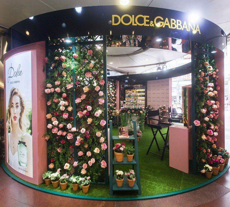 DOLCE & GABBANA在SOGO忠孝館一樓圓形廣場推出「恬蜜花園快閃店」...