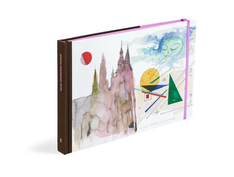 布拉格遊記系列平裝版,售價1,750元。圖/LV提供