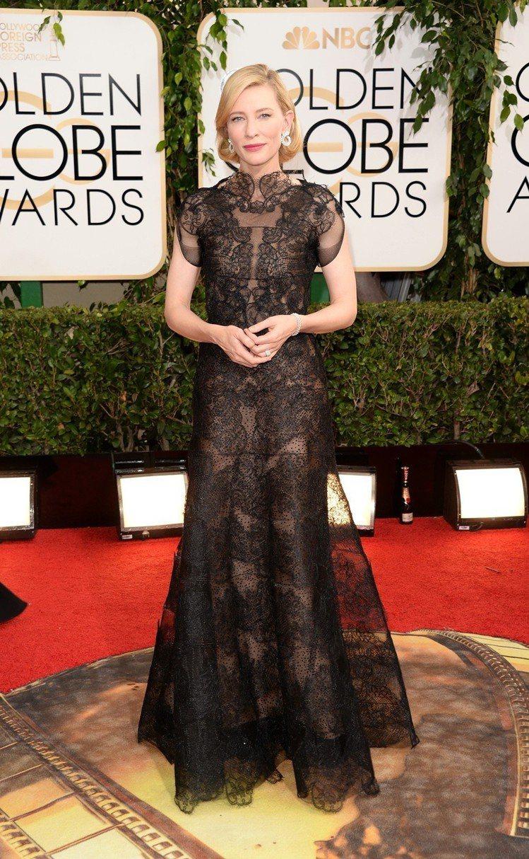 凱特布蘭琪身上這件禮服第一次亮相,是在2014年金球獎。圖/蕭邦提供