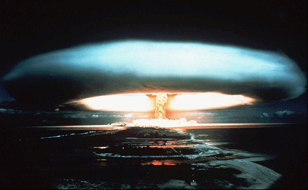 最近,不僅川普加碼提出「完全的、可受檢驗、不可逆且『迅速立即』的非核化」;國家安...