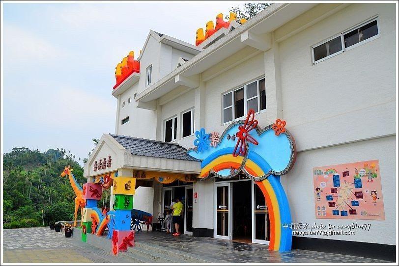↑遊客中心入口,內部有親子閱覽室、旅遊服務台、簡報室。