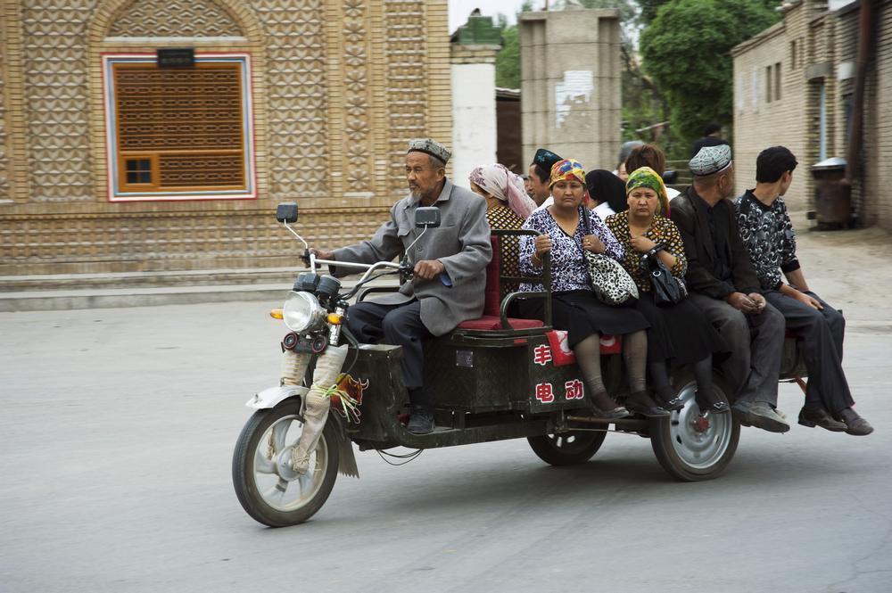 庫車曾是唐代佛教東傳的重要橋梁,十世紀以後,由中亞傳來的伊斯蘭教席捲此地,現今居...