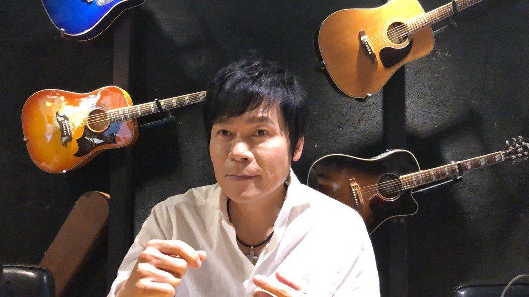洪榮宏今天露臉談新婚妻。記者許晉榮/攝影