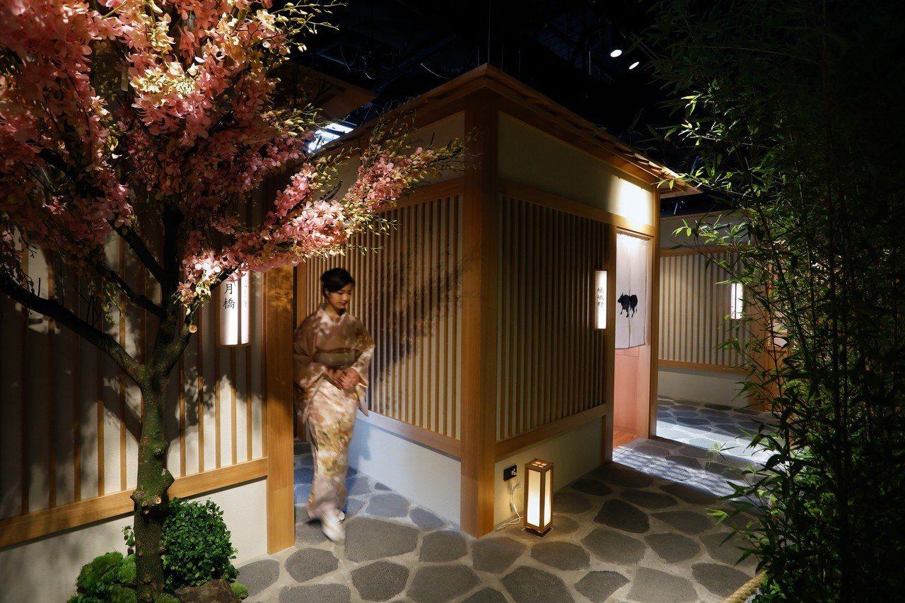 和牛燒肉品牌「樂軒」推出全新品牌「樂軒松阪亭」,在新光三越信義A4 6樓打造京都...
